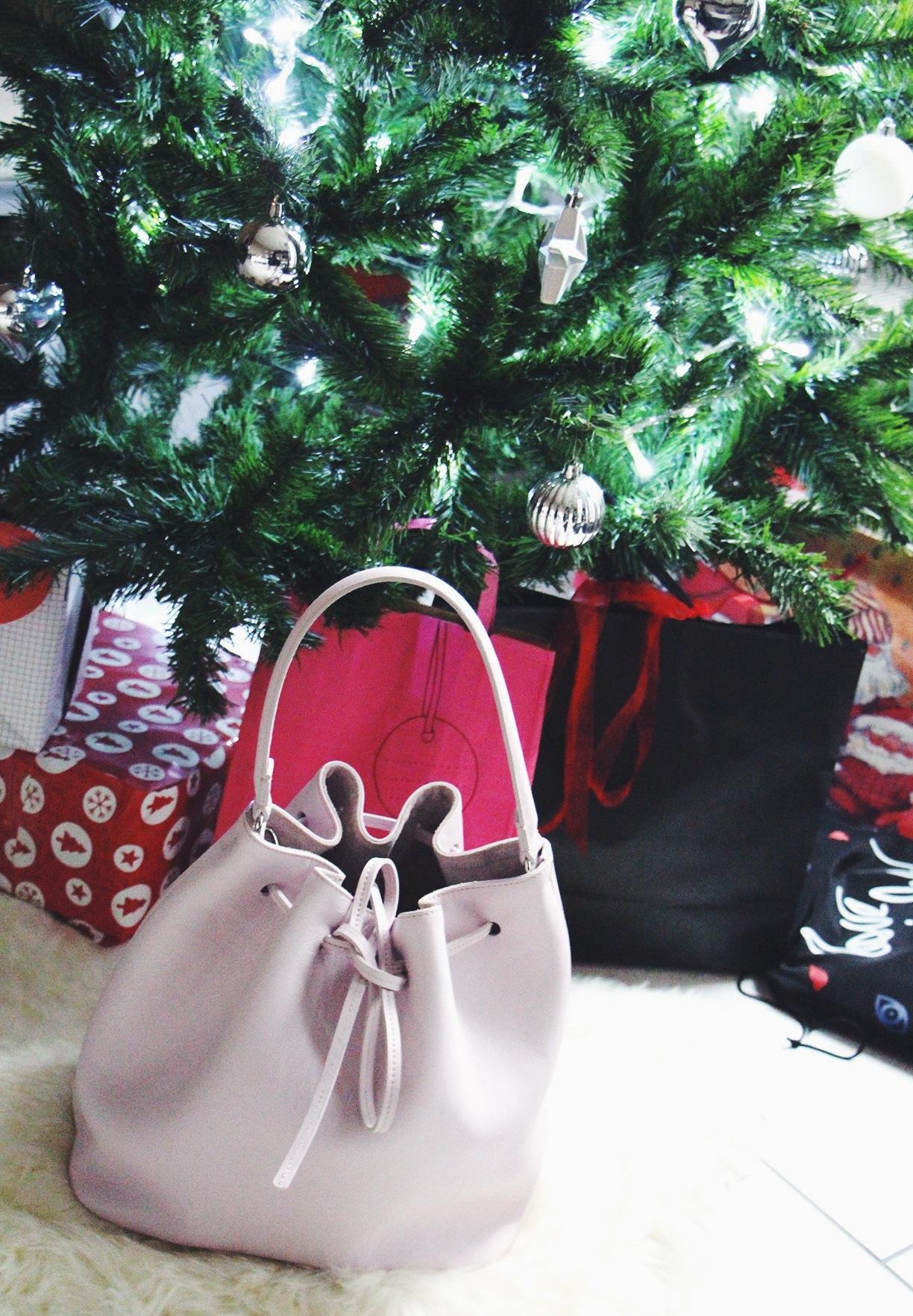 New in || LEMPI soft bucket bag