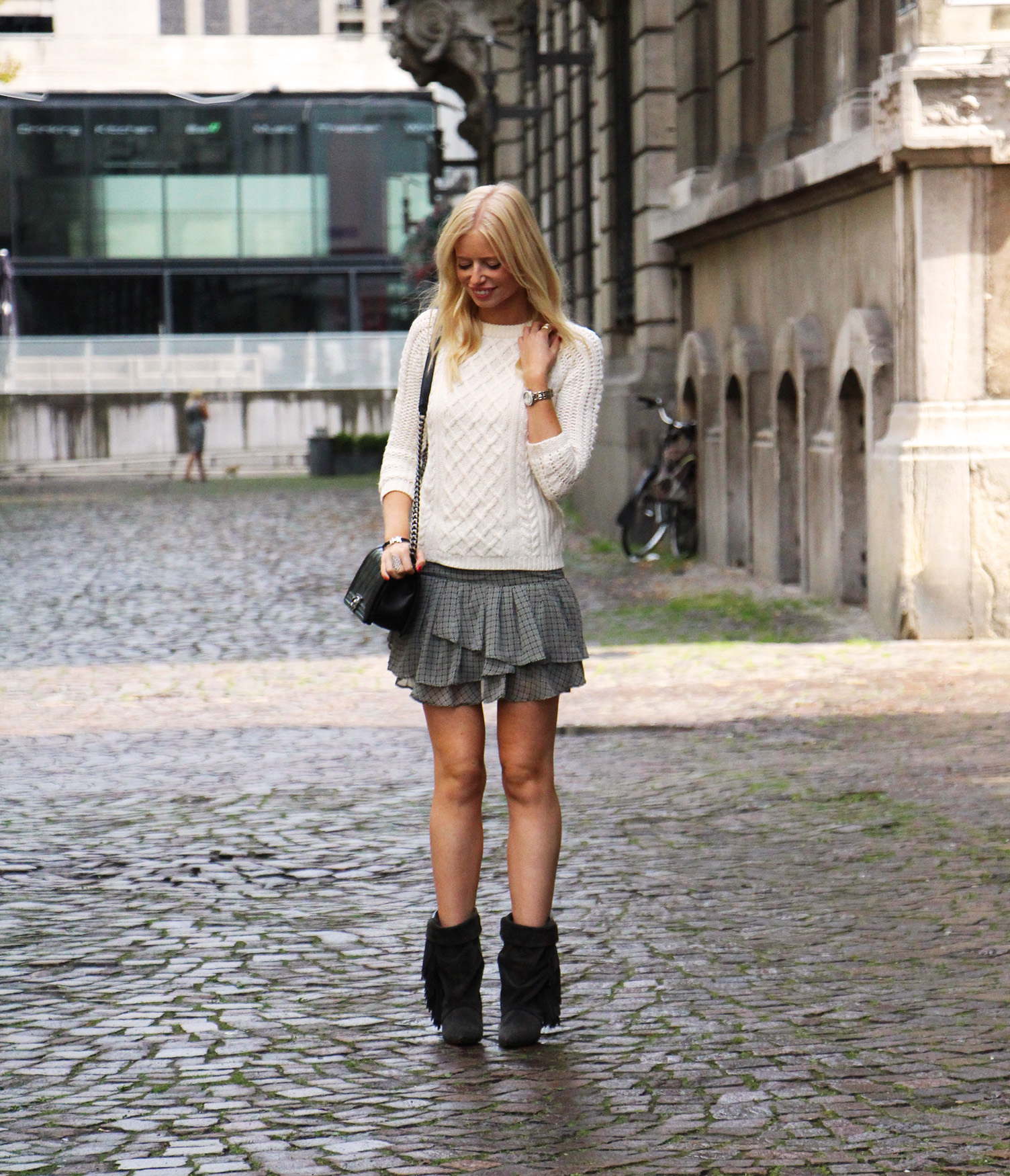 Outfit || The fringed boots